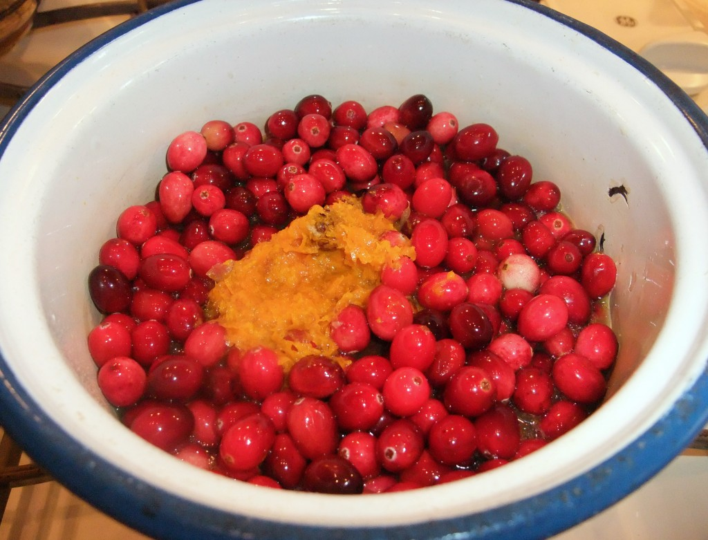 Cranberry Sauce with Orange Zest and Pineapple