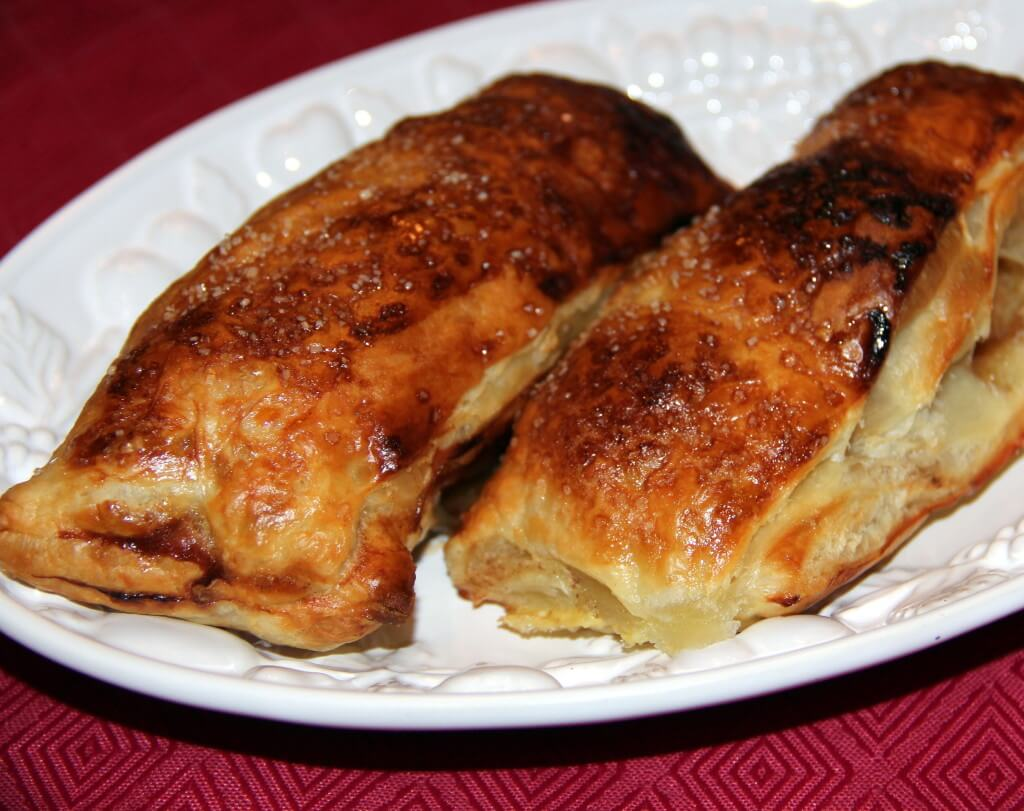 Chaussons Aux Pommes (French Apple Turnovers) Recipe ...